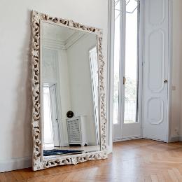 Как сделать низкий потолок выше: 11 практических решений
