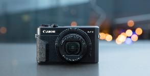 Canon управляет фотосъемкой вручную