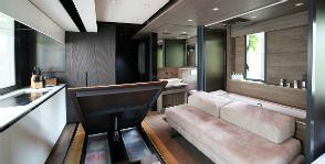 Гонконгские трансформации: дизайн квартиры для семьи с тремя кошками