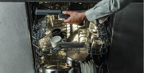 Hotpoint моет посуду экономично