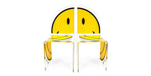 «Улыбчивая» мебель Acrila