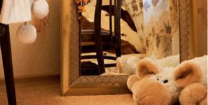Декорирование рамы большого зеркала