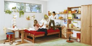 Техника безопасности в комнате подростка: 8 советов