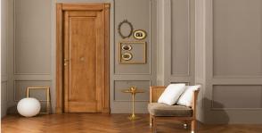 Как выбрать деревянные двери и не переплатить