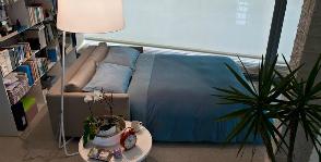 <strong>9</strong> советов тем, кто планирует временную спальню в гостиной