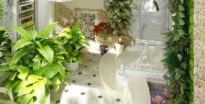 Вечное лето: дом с прудиком для карпов в холле