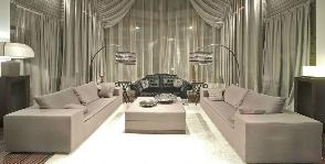 Гостиная в коричневом цвете: дизайнер Игорь Казаков