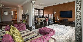 Два стиля в одной гостиной: дизайн проектной группы «Поле-дизайн»
