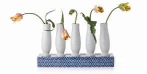 Выбор редакции: 7 ярких цветочных ваз для весеннего настроения