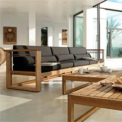 фото диваны деревянные