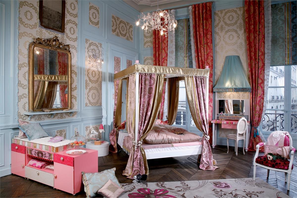 Marie Antoinette - на 360.ru: цены, описание, характеристики, где купить в Москве.