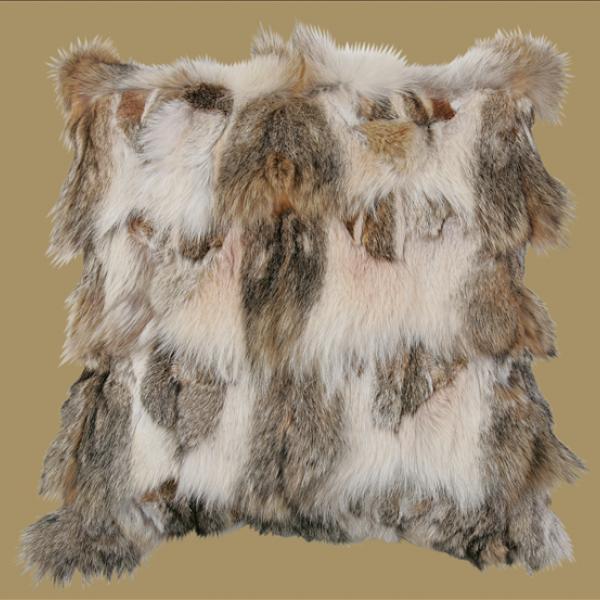 Подушка (мех полярного волка, кожа)  - на 360.ru: цены, описание, характеристики, где купить в Москве.