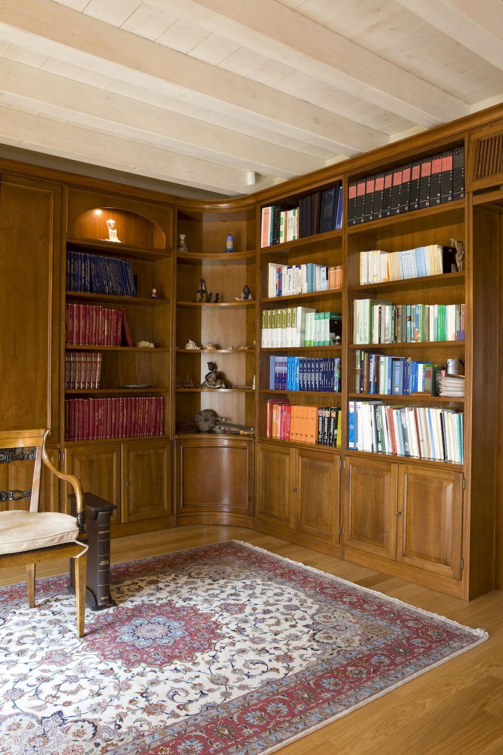 Книжный шкаф_05 - на 360.ru: цены, описание, характеристики, где купить в Москве.