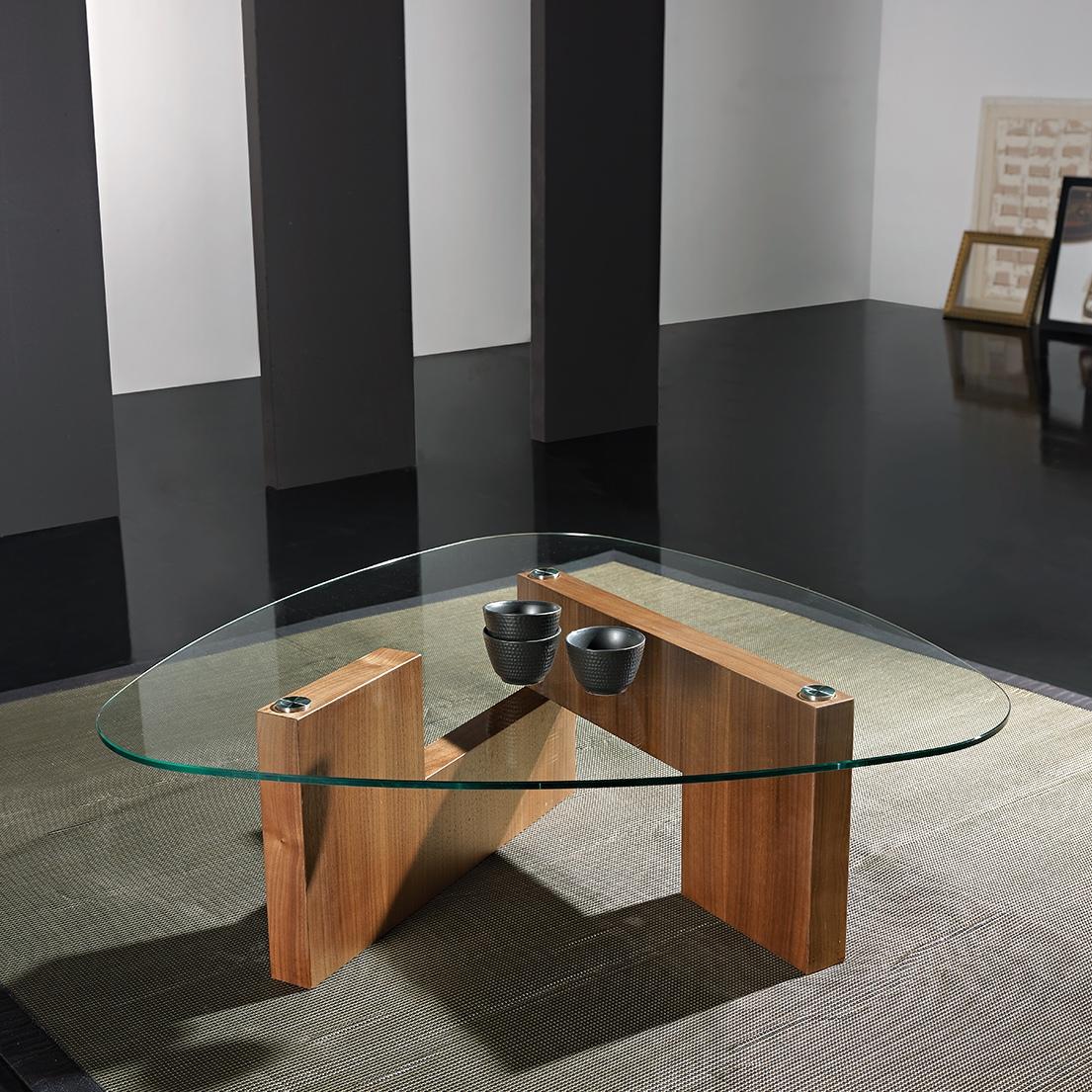 Журнальный столик своими руками из стекла фото