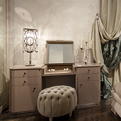 Eros dressing table