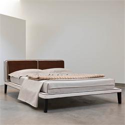 Кровать хай тек италия