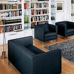 Foster 501 sofa